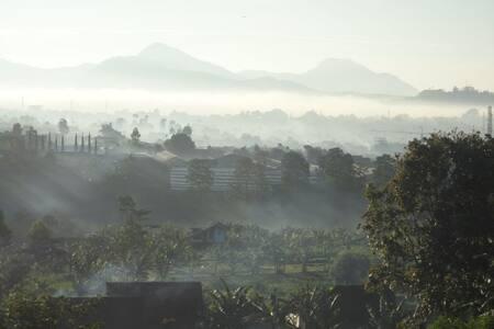 Dewis Lowprofile Mountainview House - Lembang