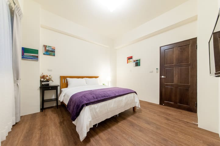 double room close to beach for rent 溫蒂的家頭城AB館雙人房