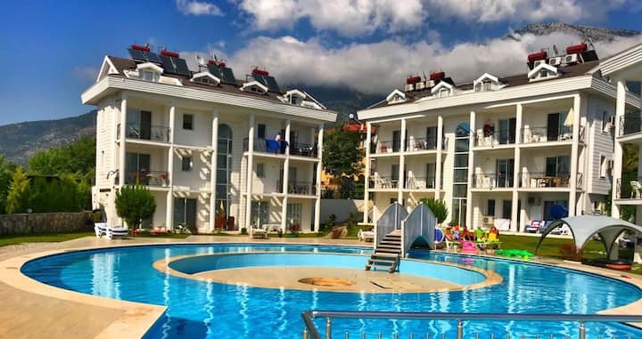 2 bedroom apartment with pool in Oludeniz