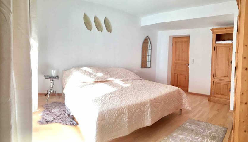 "Big 1.5 Room ""Bock""+ dinning area & privat balcony"
