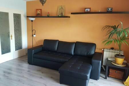 Cerca de la Playa! - Castelldefels - Apartment