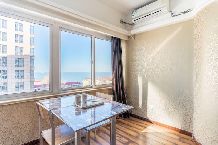 3.毗邻第一海水浴场海景精装公寓,面朝大海,春暖花开!