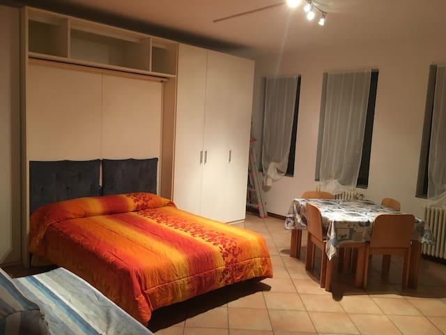 Favoloso bilocale zona campus - Parma - Lejlighed