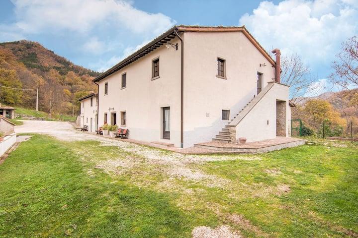 Fascinante Apartamento en Borgo Pace con Barbacoa