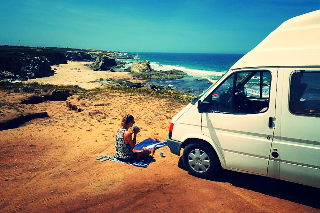 nice campervan camping cars caravanes louer lisbonne lisbonne portugal. Black Bedroom Furniture Sets. Home Design Ideas