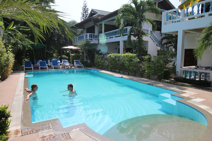 Big 1 Bedroom apartment with Pool - Rawai