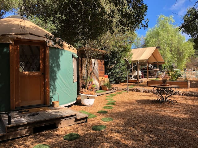 The Nest - glamping oasis nestled in the mountains