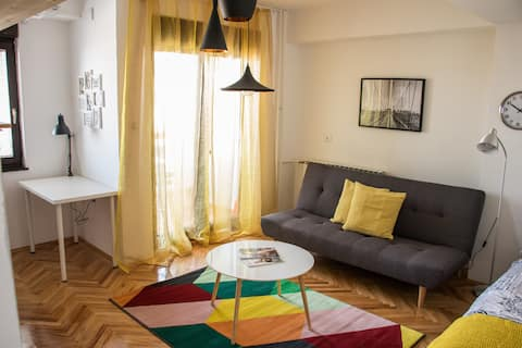 ★ Gorgeous cozy apartment ★ Close to everything ★