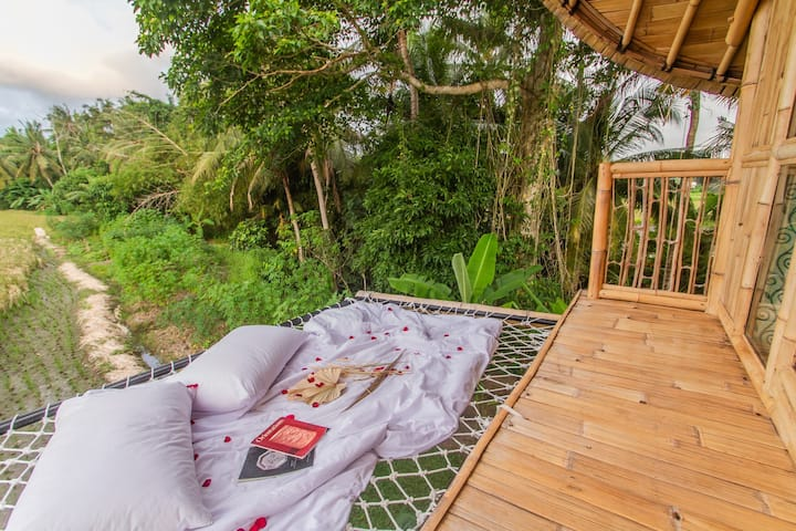 1BR Bamboo Villa Ubud with ricefield view