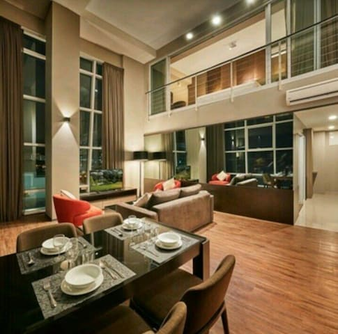 Georgetown Seafront Duplex Luxury Suite@全海景套房
