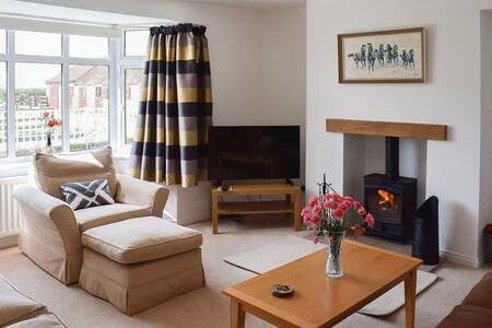 The Cottage (UK2466)