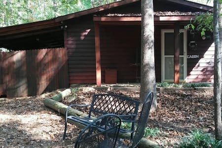 Farm Get Away Cabin - Gastonia - Cottage