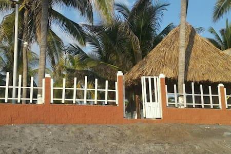 Casa frente al mar en Playa El Pimental - Playa El Pimental