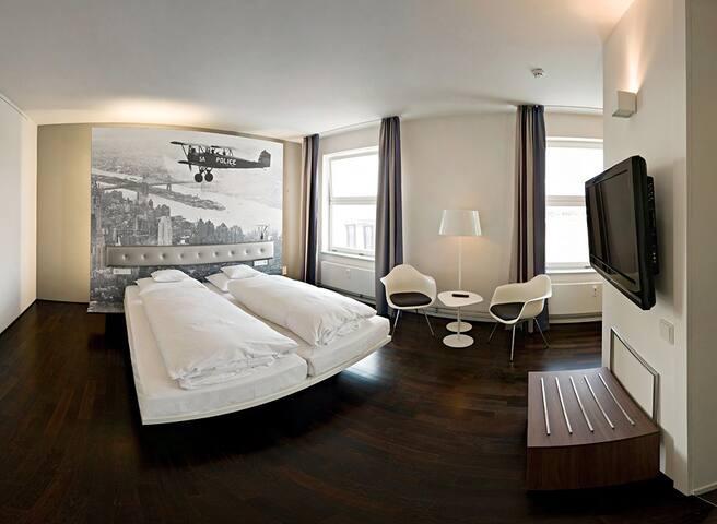 V6 2.0  Doppel/Zweibett Zimmer