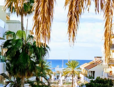 NEW!MALLORCA BEST LOCATION!SeaView Apartment!WiFi