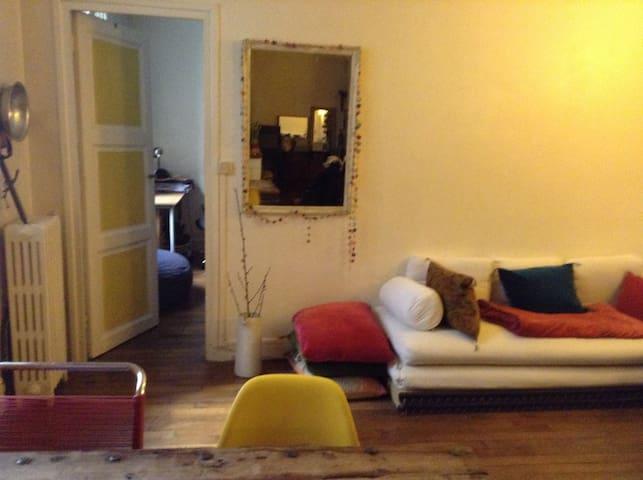 Salon, coin canapé pour couchage 1 personne