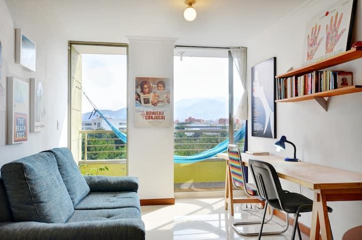 Comfy 10th floor flat - Laureles