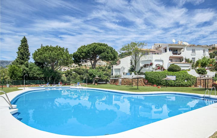 Terraced house with 3 bedrooms on 135m² in Marbella