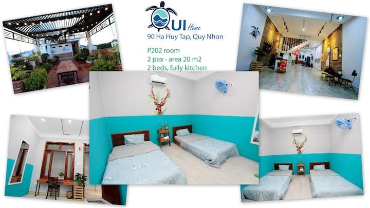 P202-QUI home 2 in the centre city, near the beach
