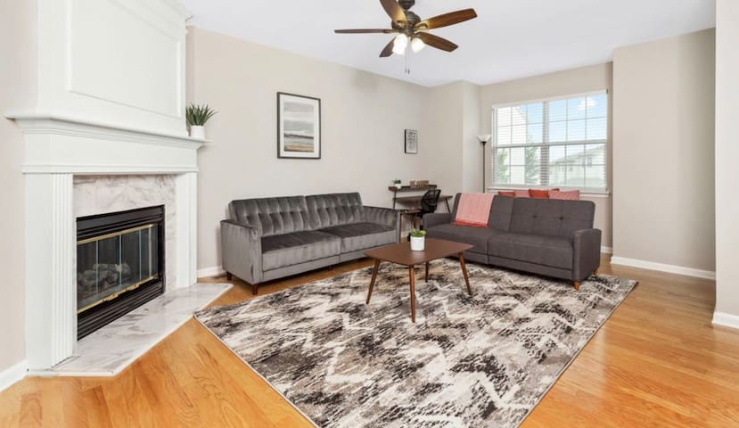 3b 3b family friendly home min. from city/airport