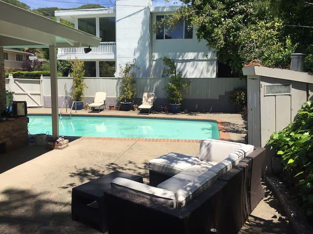 San Rafael Home with a Pool