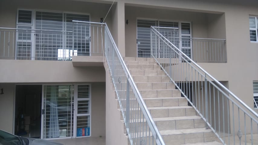 Ethan's Terrace - Port Shepstone - Serviced apartment