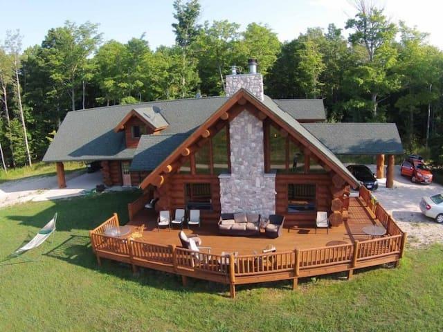 Log Retreat at Fish Creek