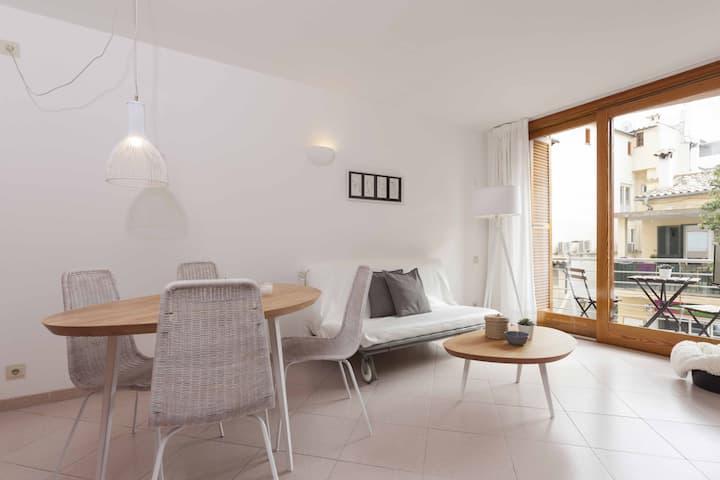 Seaside Apartment 2E