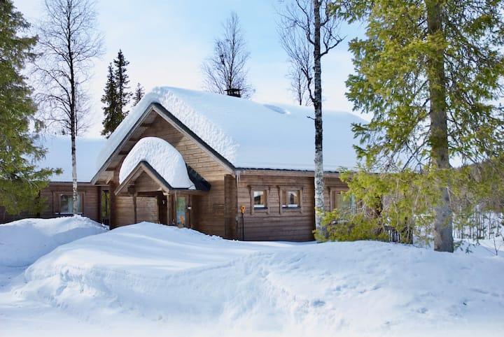 Ahma Log Cabin - In Pallas-Ylläs National Park