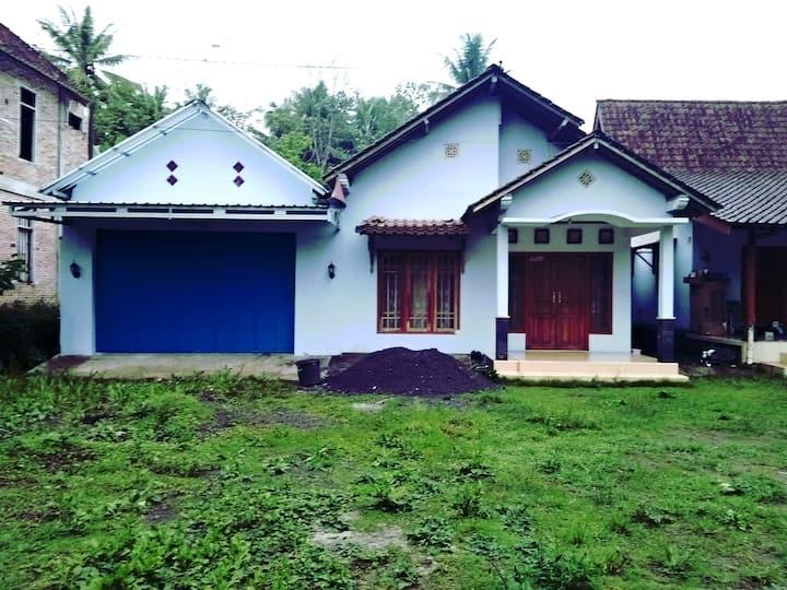 Homestay Purnama90(rumah Bpk Tohari)