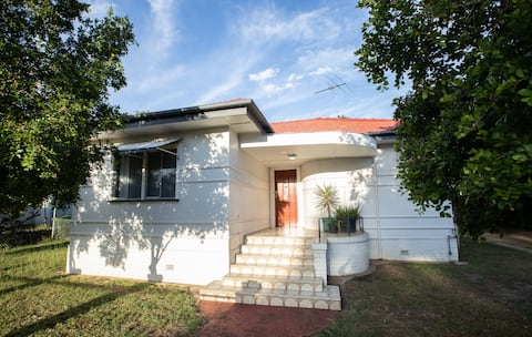 Stylish Three Bed Home in Central Ipswich