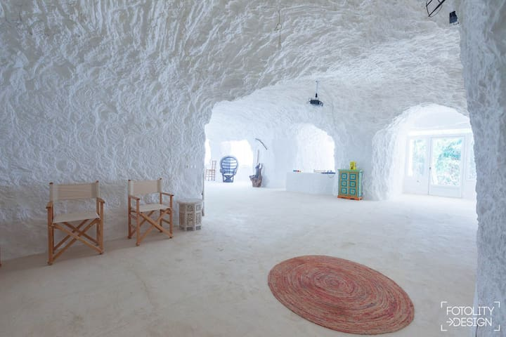 Cuevas de la Luz. Cueva del Río.