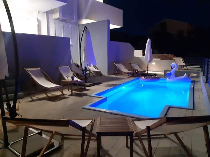 BELVEDERE Premium - with pool no.4