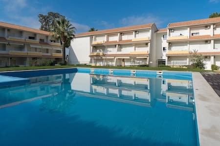 Peri Red Apartment, Vilamoura, Algarve - Quarteira
