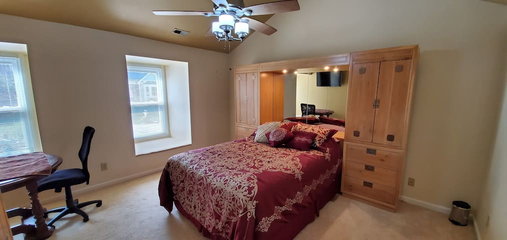 Master bedroom in Cary (Raleigh neighborhood)