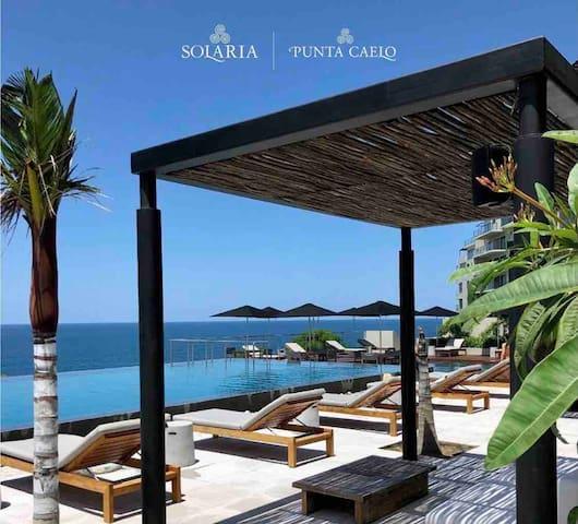 Apartamento frente al mar~~ en comunidad privada.