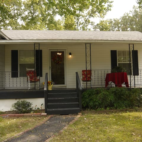 Mama K's Country Cottage - Shreveport - Hus