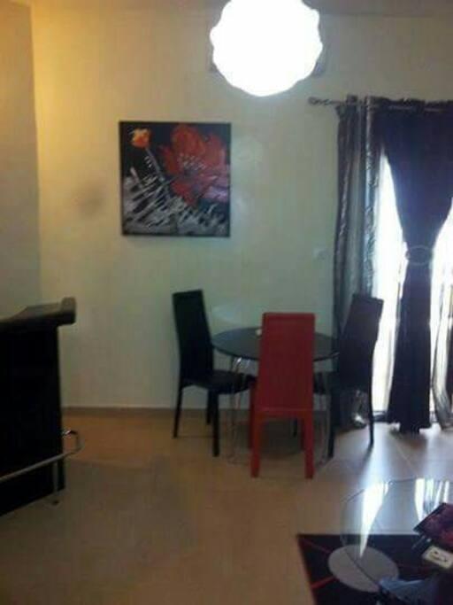 Studio meubl louer ngor almadies appartementen te for Appartement meuble a louer dakar senegal