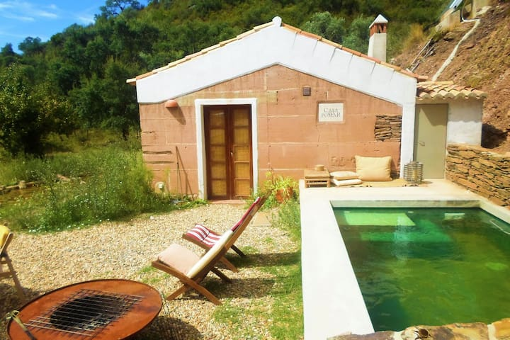 Serene Cottage in São Luís (Odemira) with Barbecue