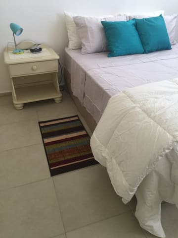 1 BR Apt 1 Close to the Beach, Casa Bacardi &  SJU