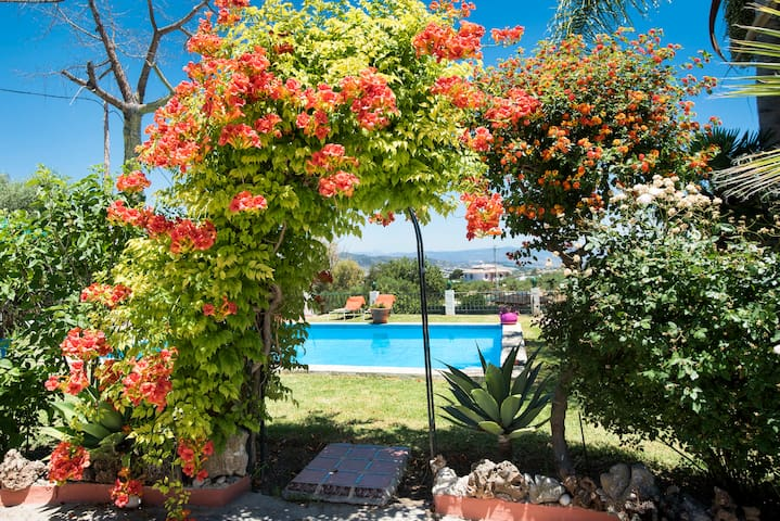 Andalussian Style villa with private pool&barbacue - Alhaurín el Grande - Villa