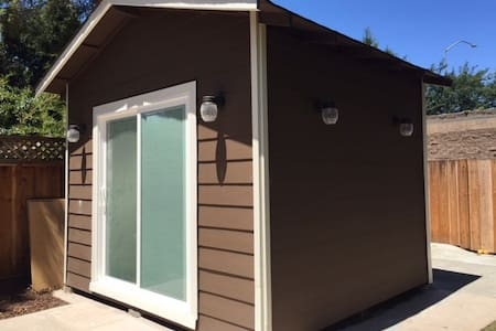 Tiny House in the heart of Silicon Valley - Menlo Park - Cabin