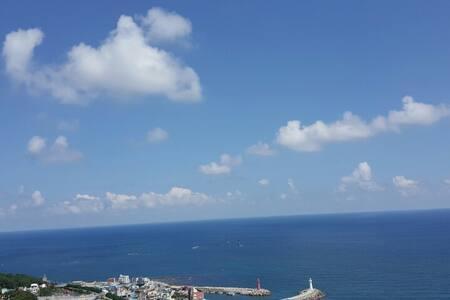 Panoramic OCEANVIEW Garden Retreat 오션뷰 가든하우스 - Haeundae-gu - Villa