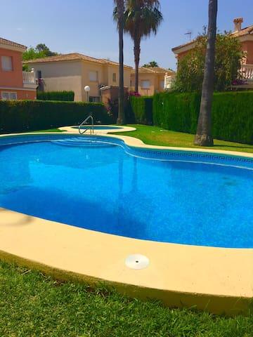 ¡ Villa a 50 metros del mar ! - Oliva - Villa