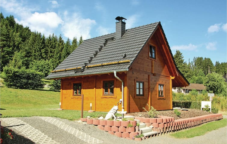 Holiday cottage with 2 bedrooms on 70 m² in Drognitz