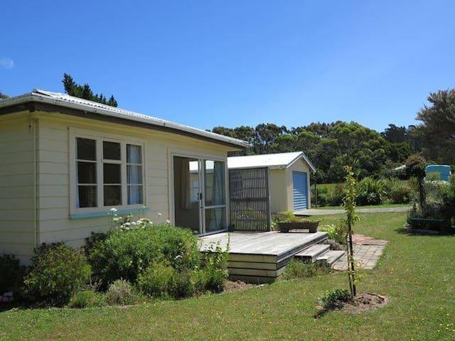 Tranquility Cottage - Pakawau - Huis