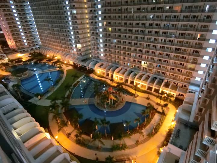 Shell Residences 12thF :amenity view