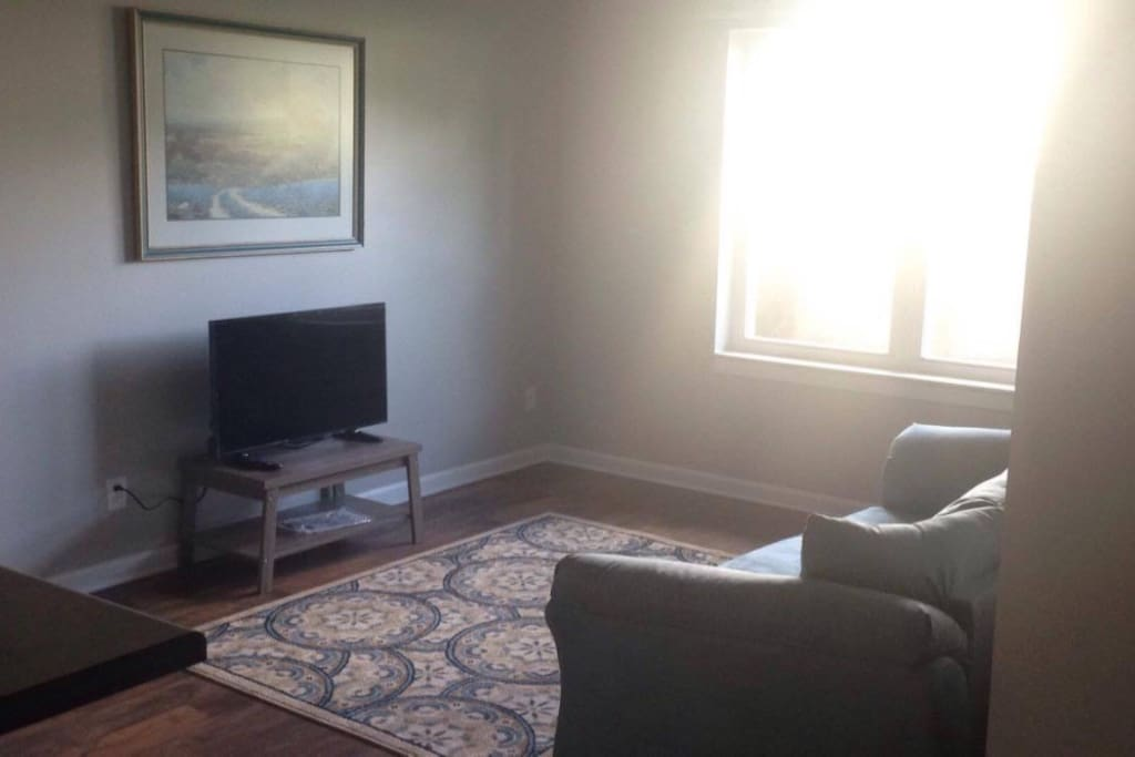 Luxury Apartment Conveniently Close To Ball State