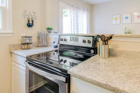 Private and Updated Townhouse in Downtown  Apex