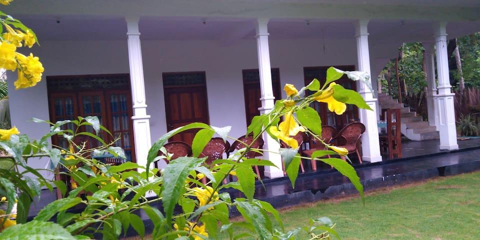 Thuruliya Residence